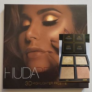 HUDA BEAUTY 3D HIGHLIGHTER PALETTE
